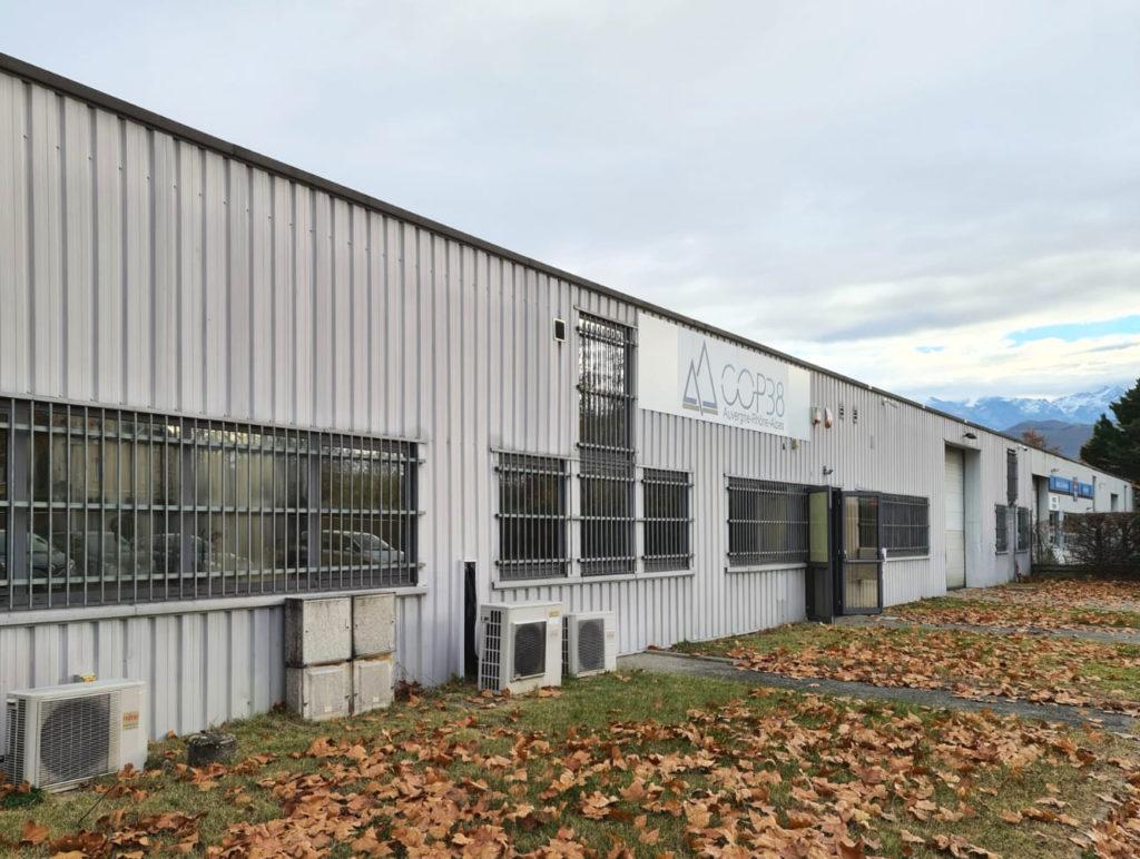Entrepôt de COP38, siège à Grenoble